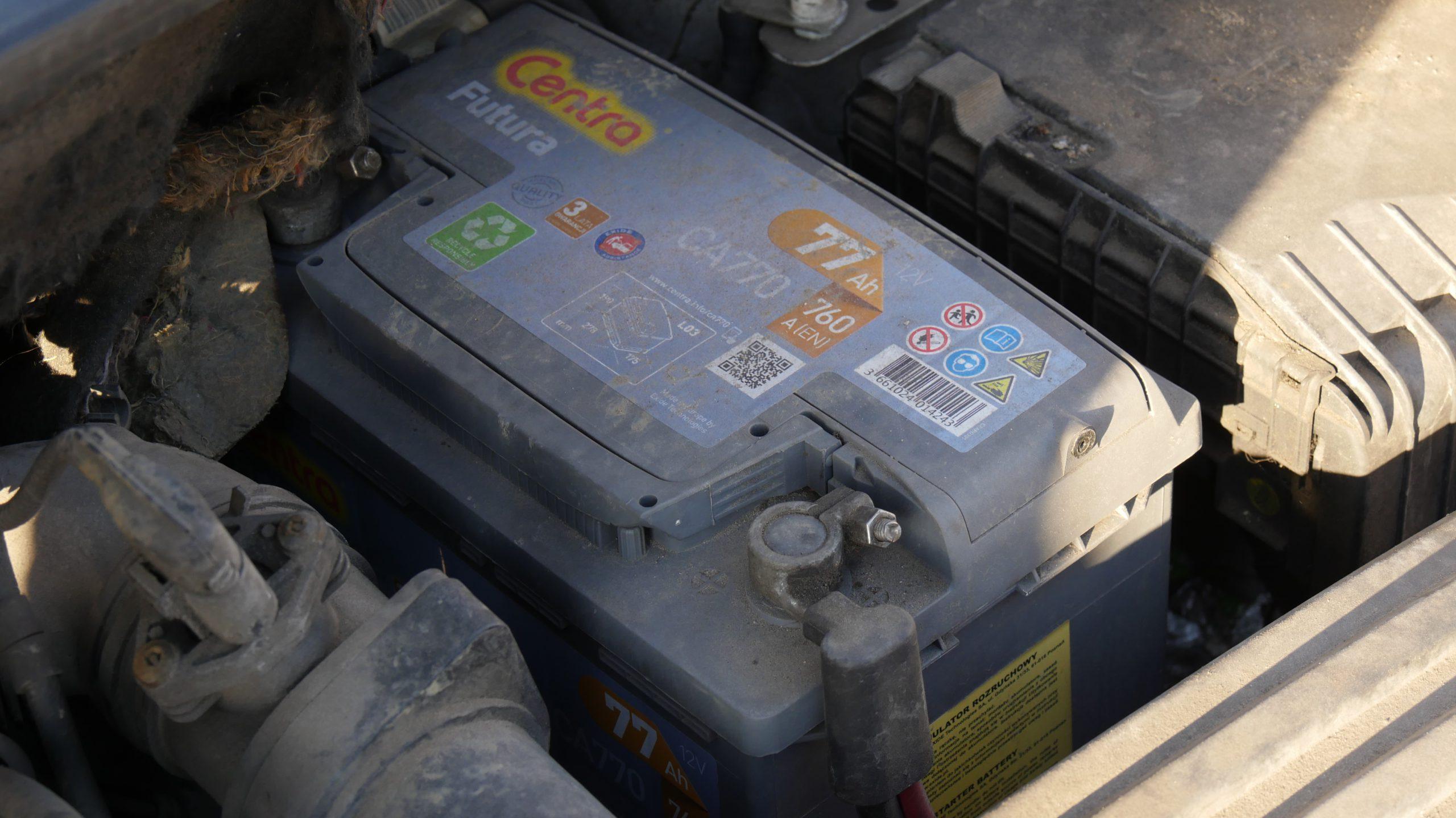 Akumulator zimą - jak zapobiec rozładowaniu akumulatora?